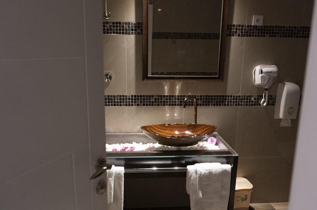 DELUXE 103 - Hotel Lotos